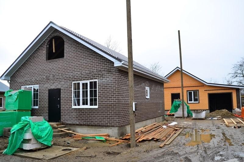 построенный дом (в Горячем ключе)